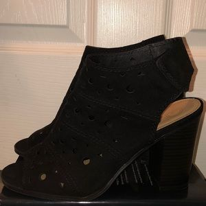 New Directions ankle boots